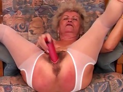 fucking sexy grannie muste see