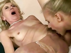 youthful girl licking old pussy