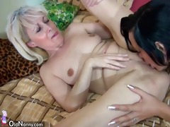 oldnanny old skinny woman masturbating with